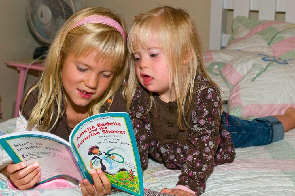 reading-girls